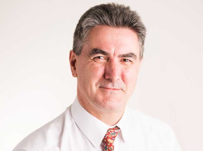 Andrew Sidebottom is a Consultant in Oral and Maxillofacial Surgery at Circle Nottingham