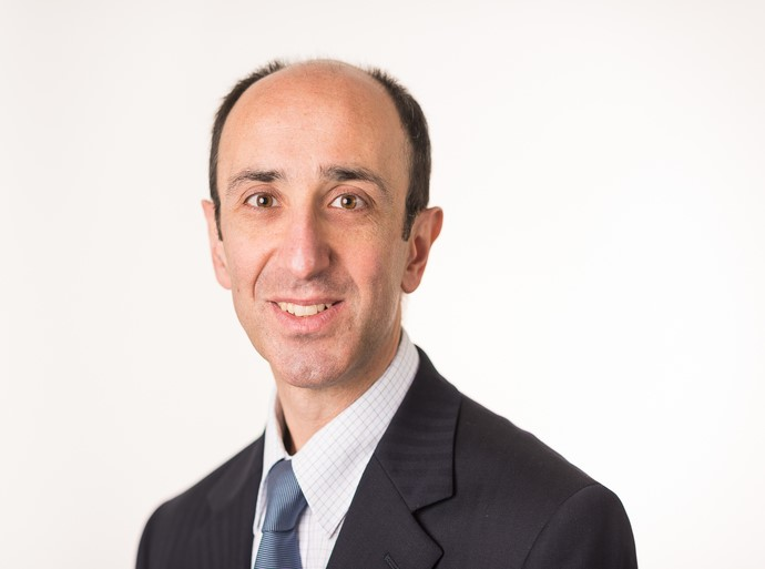 Khosrow Sehat is a Consultant Orthopaedic Surgeon at Circle Nottingham