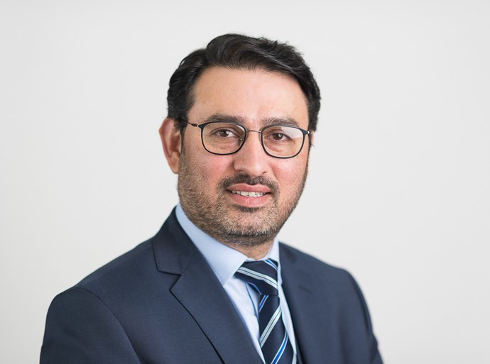 Umer Butt is a Consultant Orthopaedic Surgeon at Circle Bath Hospital