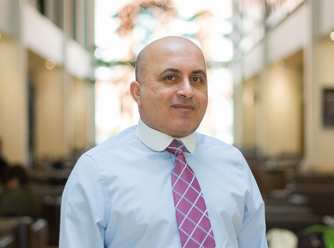 Hazem Hassouna is a Consultant Orthopaedic Surgeon at Circle Reading Hospital